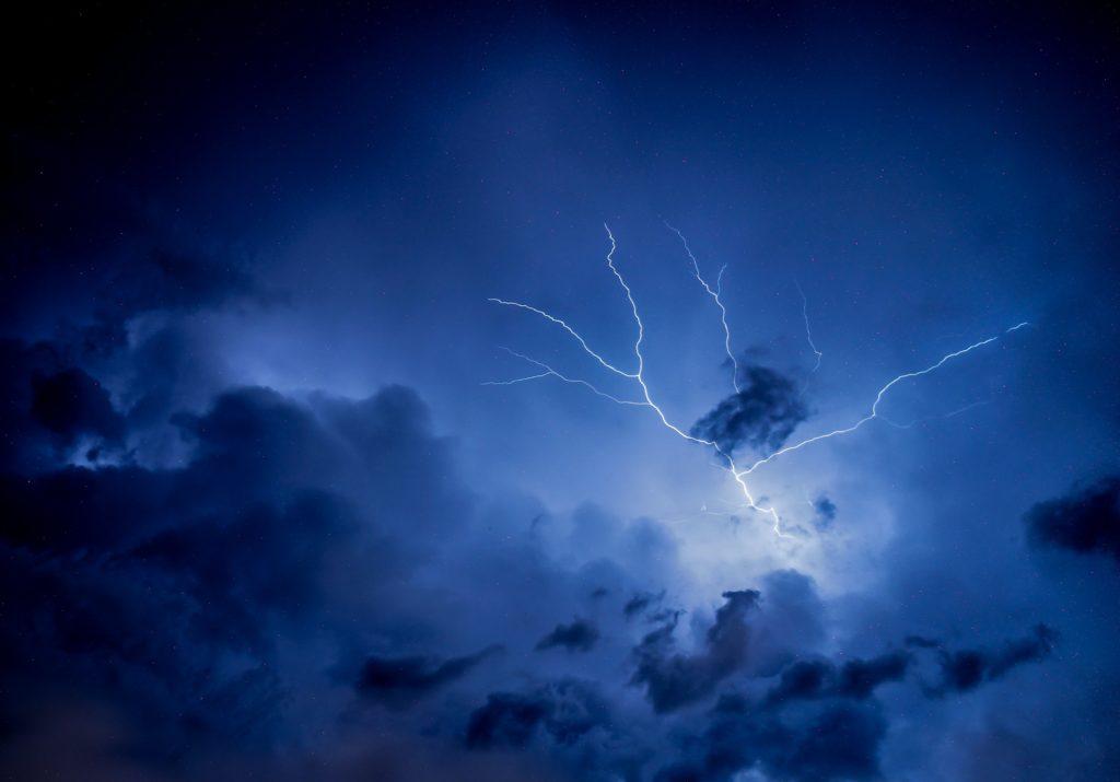 Model Lightning Strikes Using XGS